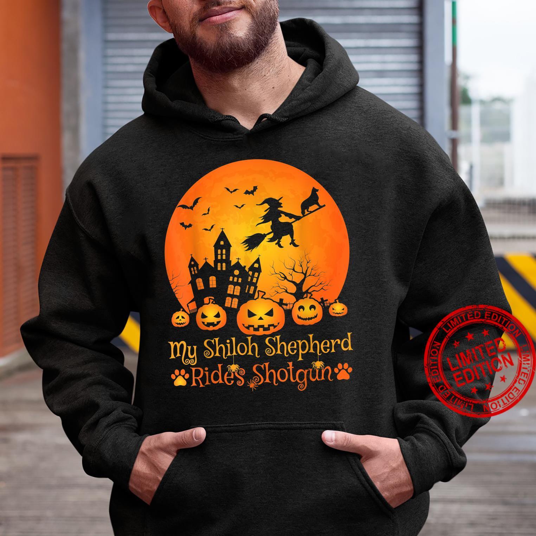 My Shiloh Shepherd Rides Shotgun Witch Pumpkin Halloween Shirt hoodie