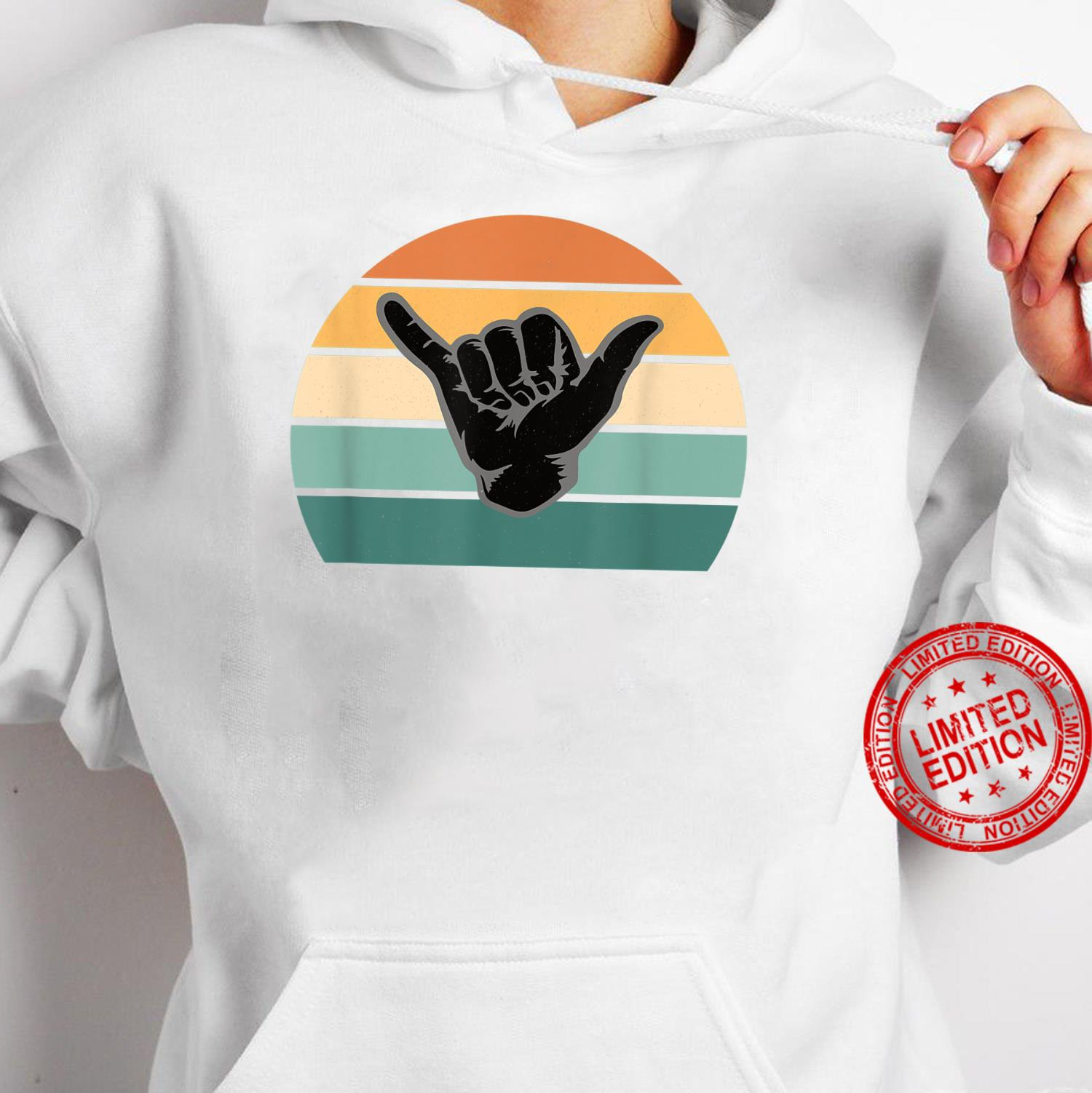 Retro Shaka Vintage Surfer Surfing Surf Aloha Hang Loose 70s Shirt hoodie
