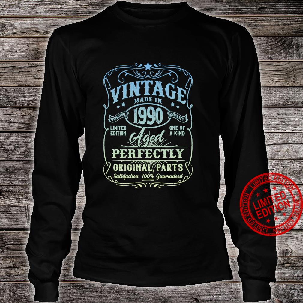 Vintage Made In 1990 Retro Classic 31st Birthday Party Shirt long sleeved