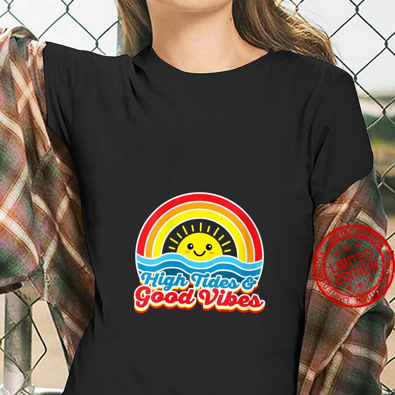Womens High Tides Good Vibes 70s Summer Vintage Retro Shirt ladies tee