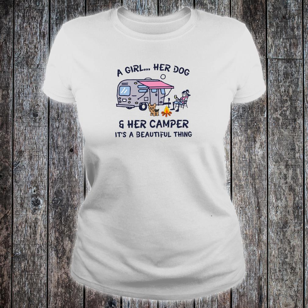 A Girl her Dog and her Camper it/'s a Beautiful Thing T-Shirt