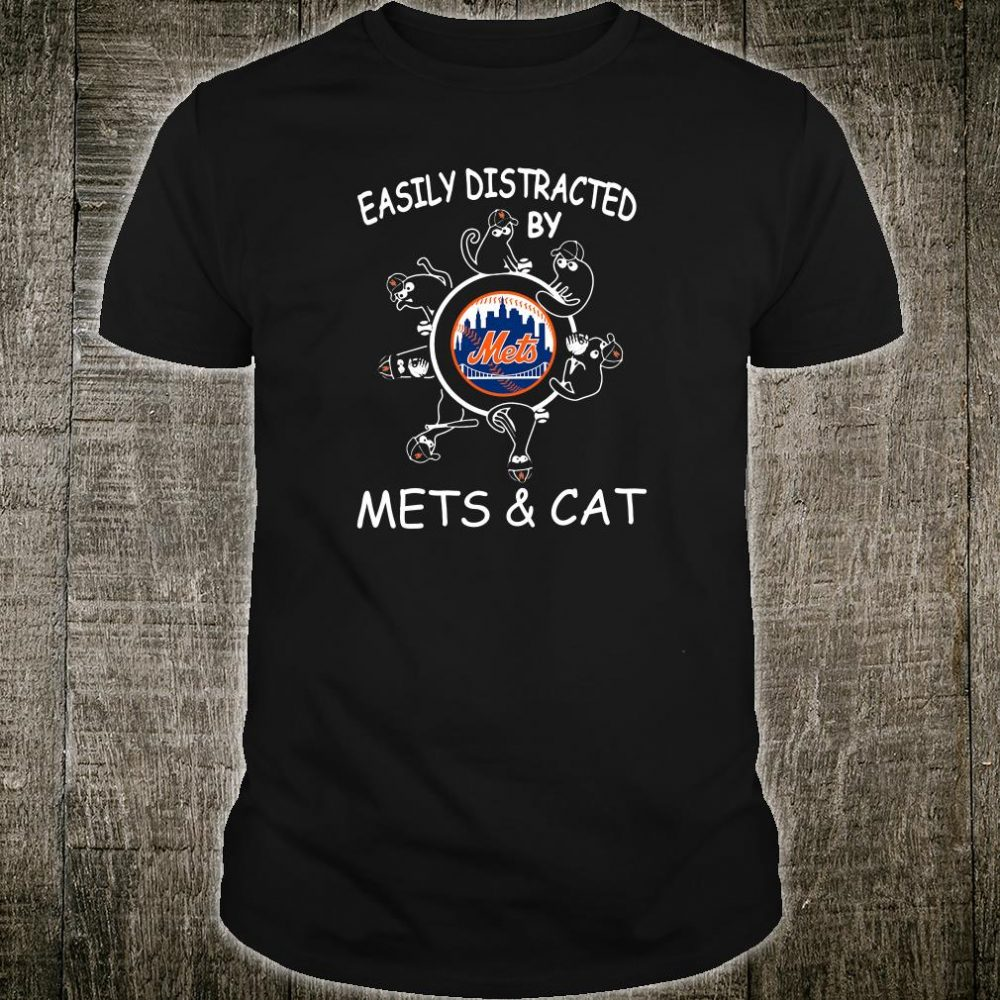 Easily distracted by mets & cat shirt